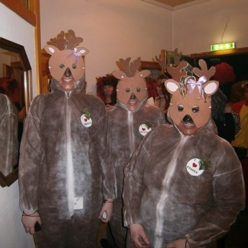 die anderen drei Hirscherl, der Chef ist im Hintergrund ;)